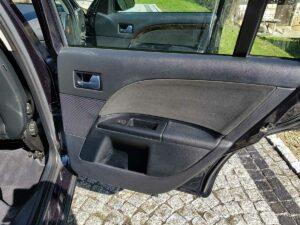 Ford Mondeo drzwi czyszczenieaut